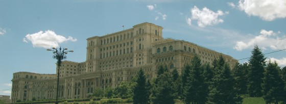 bucharest-what-to-see-top-attractions-560x204