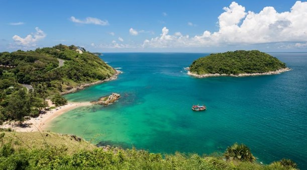 Nai Harn - Best beach resorts to stay in Phuket