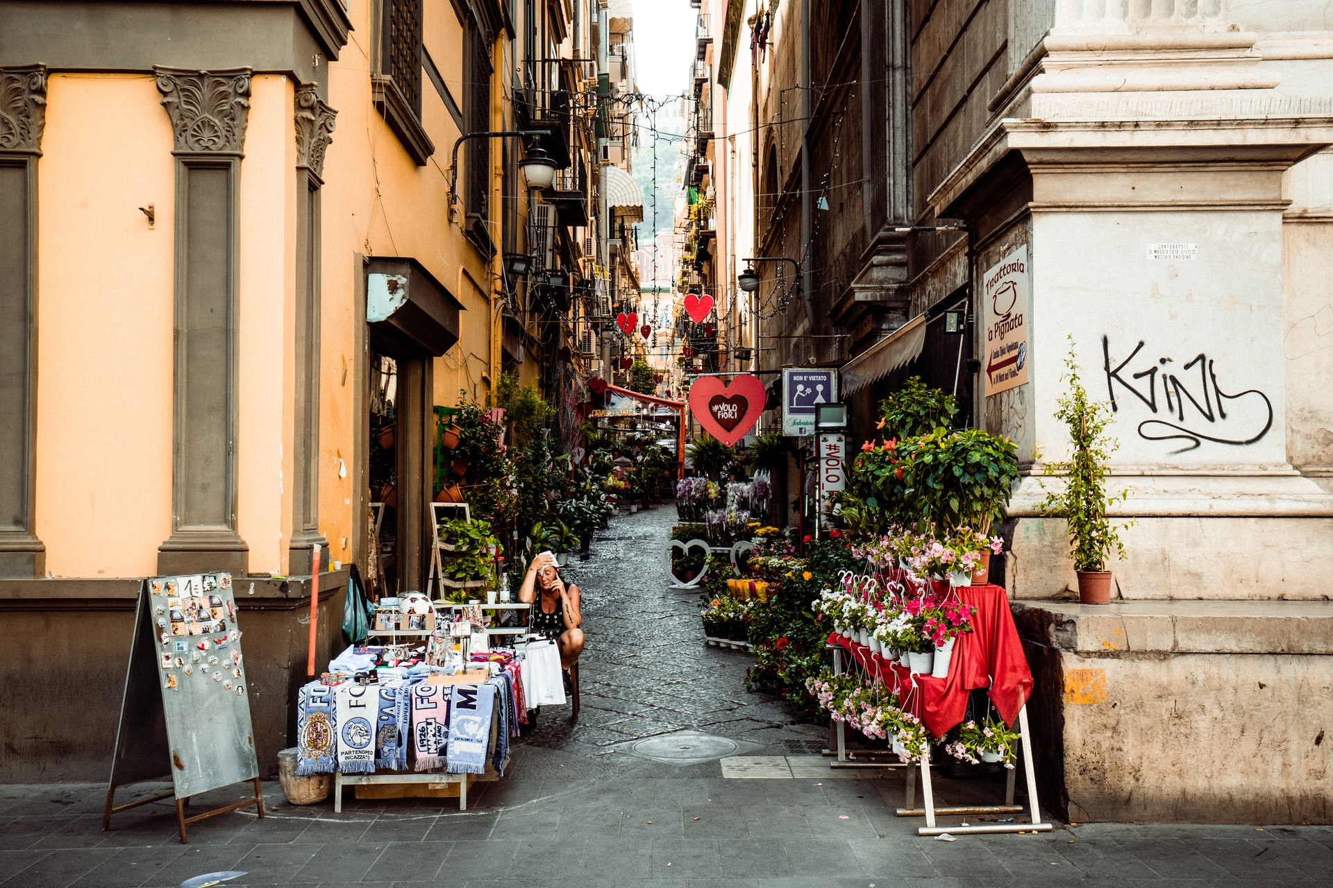 Best Areas to Stay in Naples, Italy