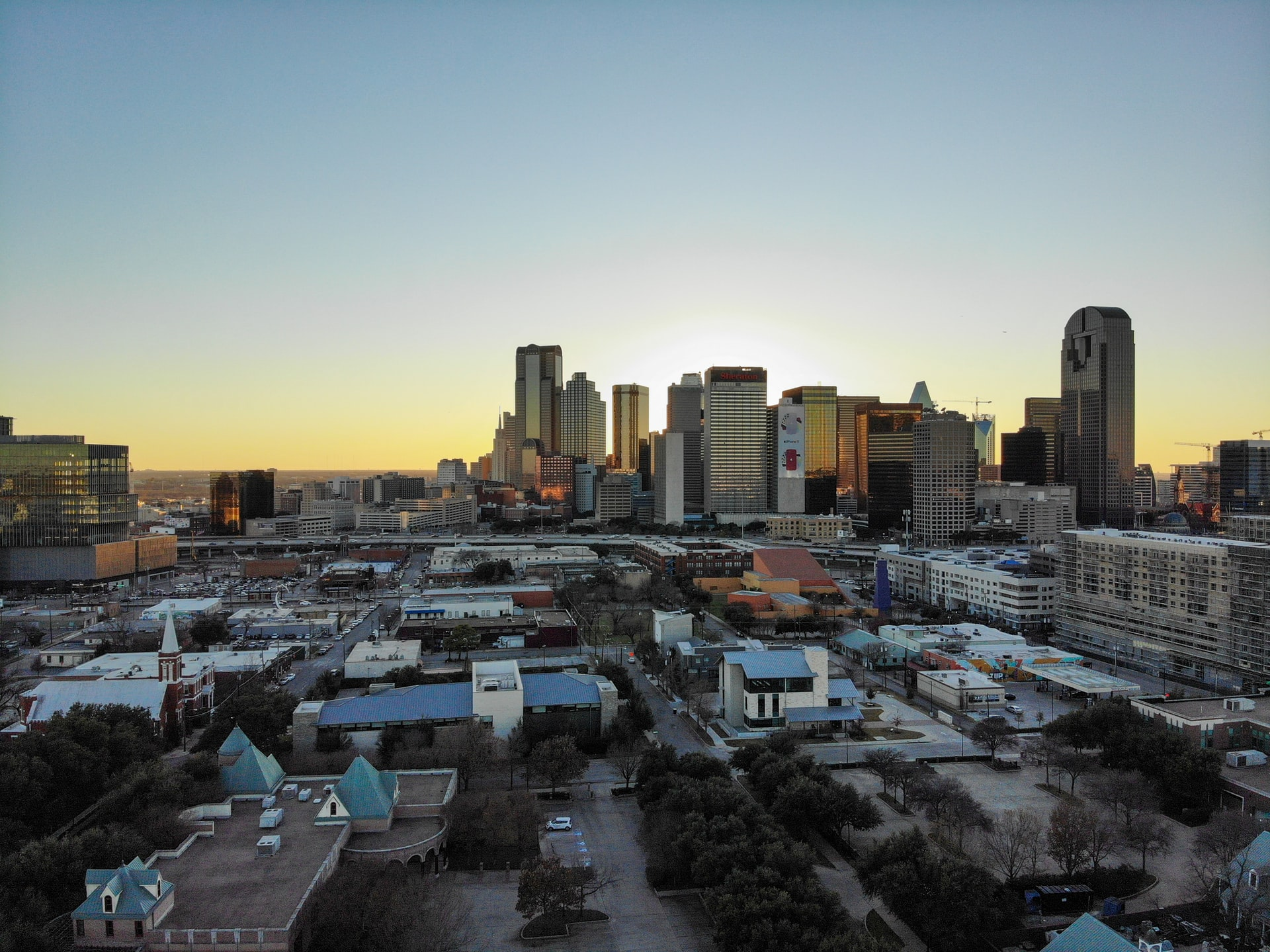 Best areas to stay in Dallas, TX