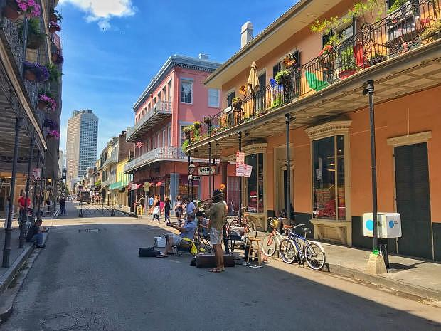 The Best Areas to Stay in New Orleans - Top Quarters and Hotels