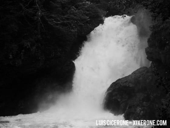 Garganta de Vintgar, Eslovenia - Fotografía de una cascada de agua