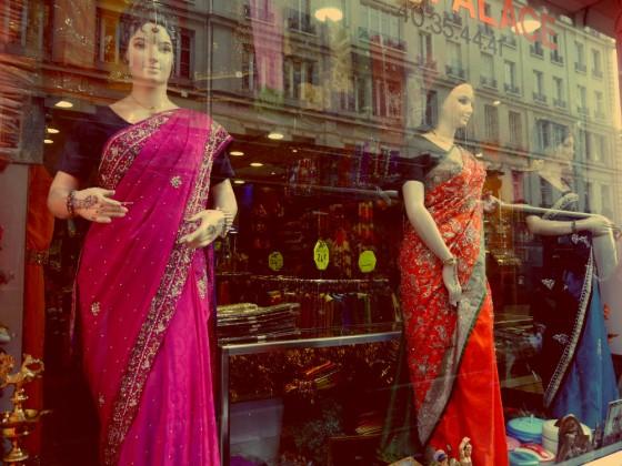 Escaparate indio cerca Gare du Nord París
