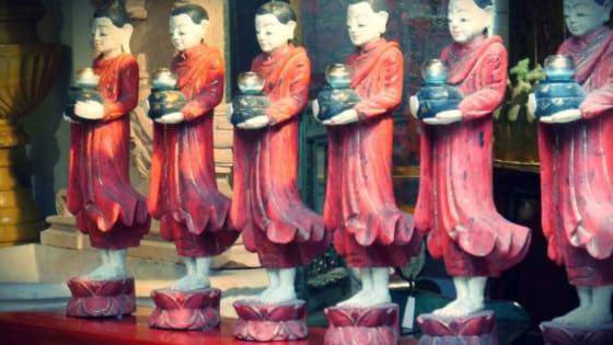 Antigüedades orientales del mercado
