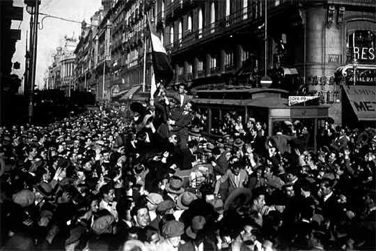 Celebración de la República Calle Alcalá