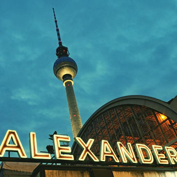 Alexanderplatz - Dónde alojarse en Berlín