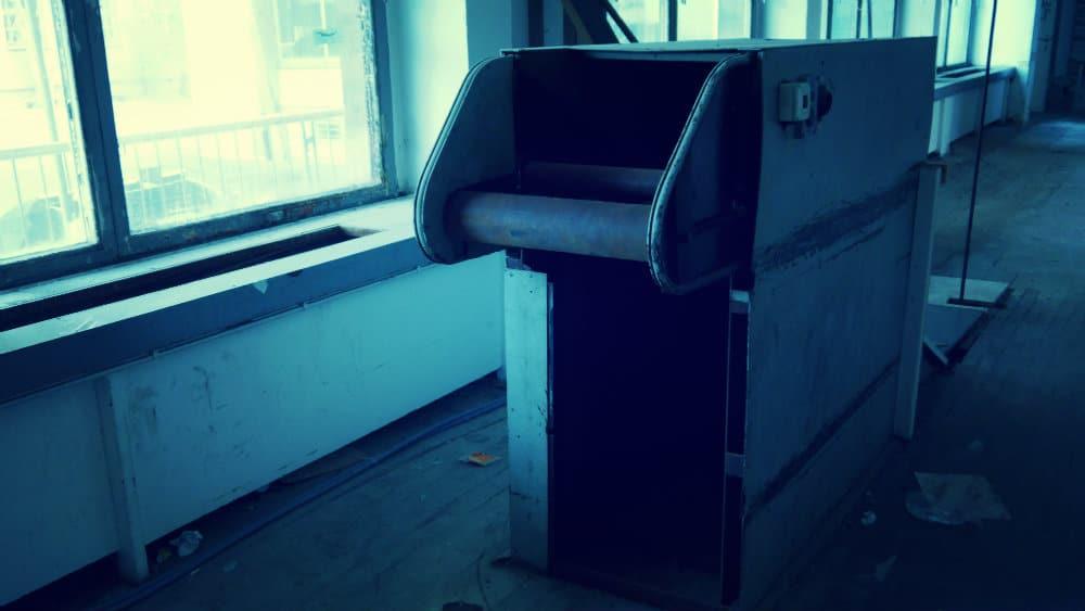 Maquinaria en la oficina de correos