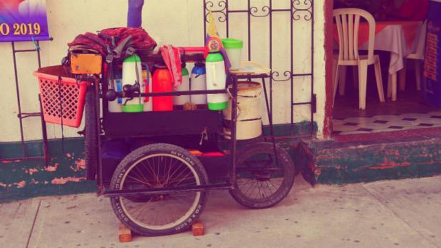 Vendedor ambulante de café - Cartagena de Indias