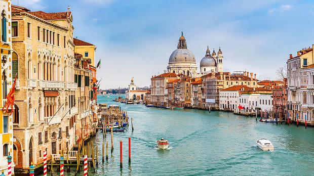 Best area to stay in Venice - the Grand Canal
