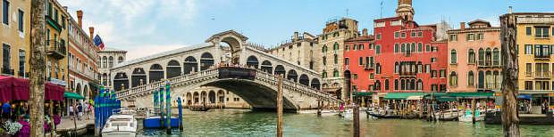 Rialto Bridge - Best areas to stay in Venice