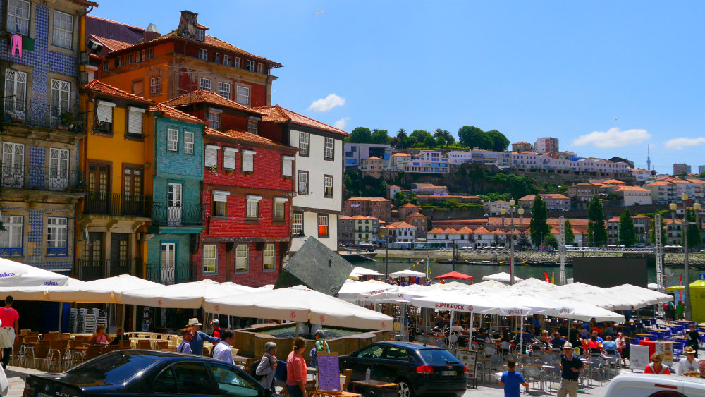 Best areas to stay in Porto - Miragaia