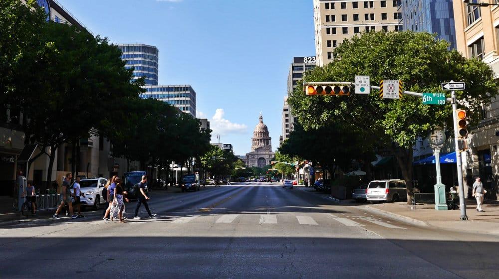 Congress Avenue - Vista del Capitolio de Texas - Atracciones de Austin