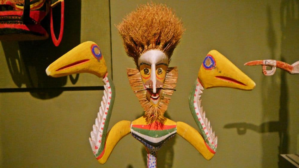 Arte de Polinesia y el Pacífico - San Antonio Museum of Art