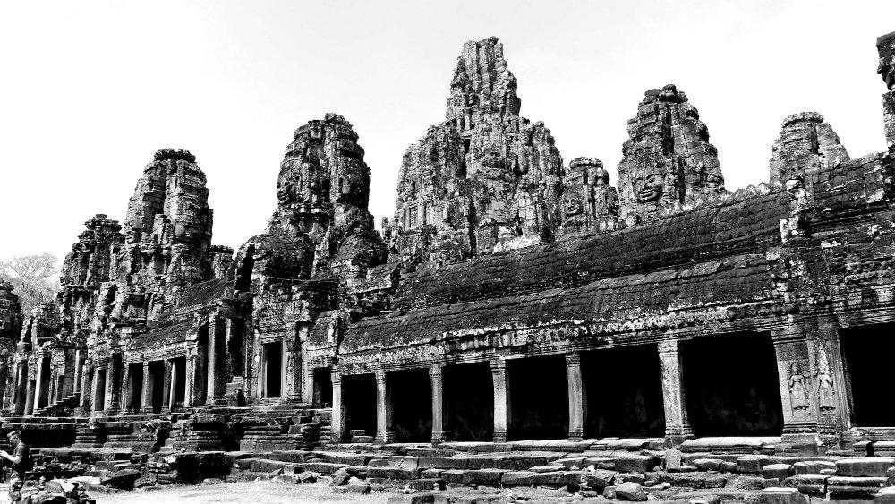 Bayon desde lejos - Templos en Seam Reap
