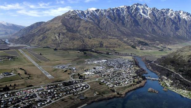 Where to stay in Queenstown - Frankton & Queenstown Airport