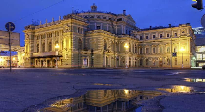 Best districts to stay in Saint Petersburg - Admiralteyskiy