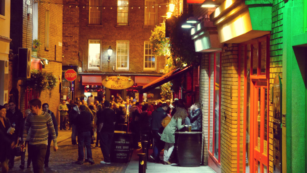Best area to stay in Dublin for nightlife - Temple Bar