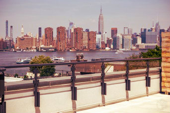 View of Manhattan from Greenpoint, one of the best areas to stay in Brooklyn