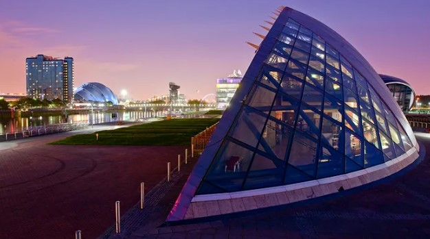 Best areas to stay in Glasgow - South Glasgow