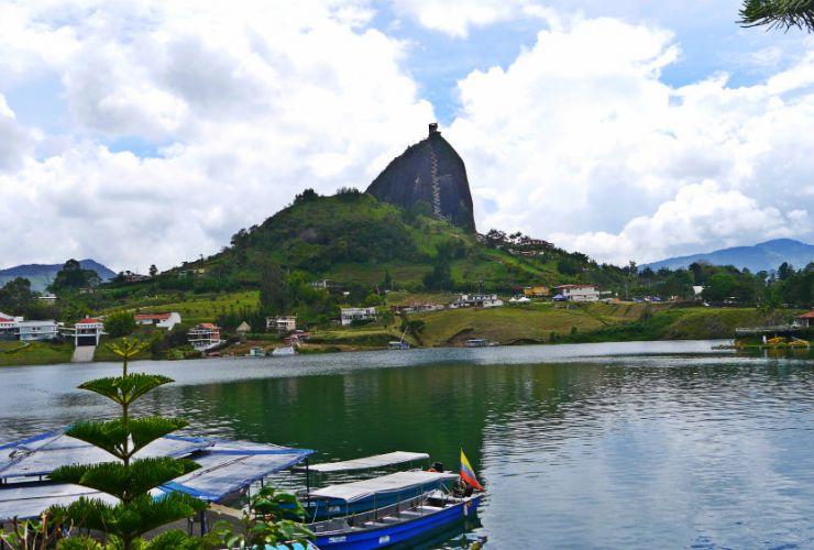 Peñol de Guatapé: Cómo llegar, qué ver y dónde alojarse