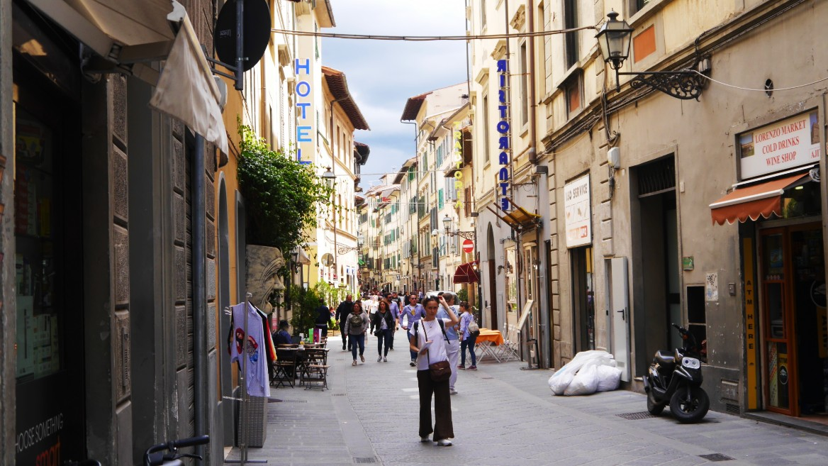San Lorenzo - Where to stay in Florence