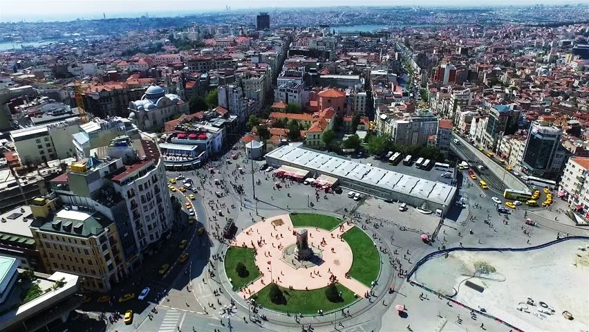 Best areas to stay in Istanbul - Near Taksim Square