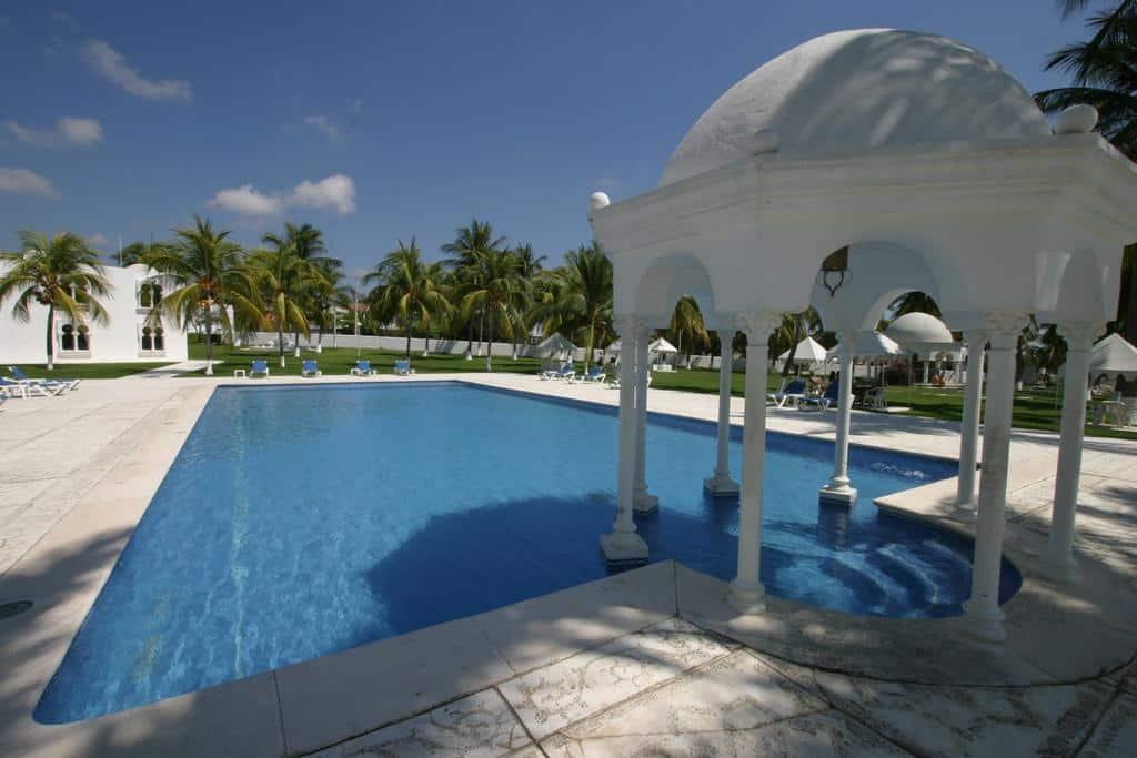 5 mejores hoteles de Puerto Escondido - Hotel Aldea del Bazar