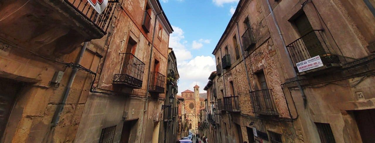 Qué ver en Sigüenza, Castilla-La Mancha - Calle Mayor