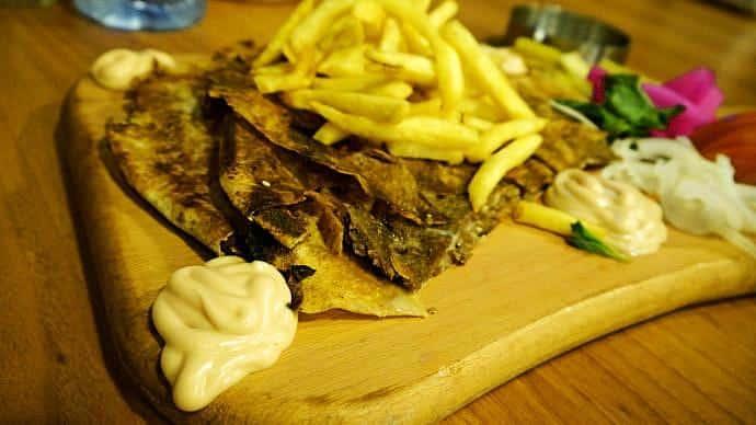 9 platos de gastronomía libanesa que no puedes dejar de probar en Beirut