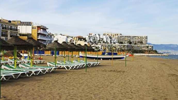 Best areas to stay in Torremolinos - La Carihuela