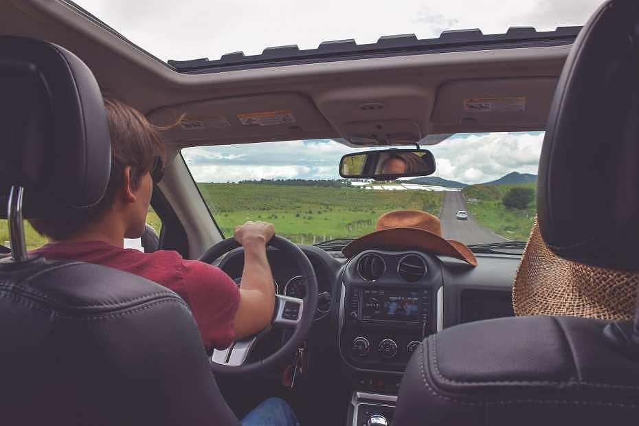 Escocger un buen compañero de viaje es primordial para tener un roadtrip placentero