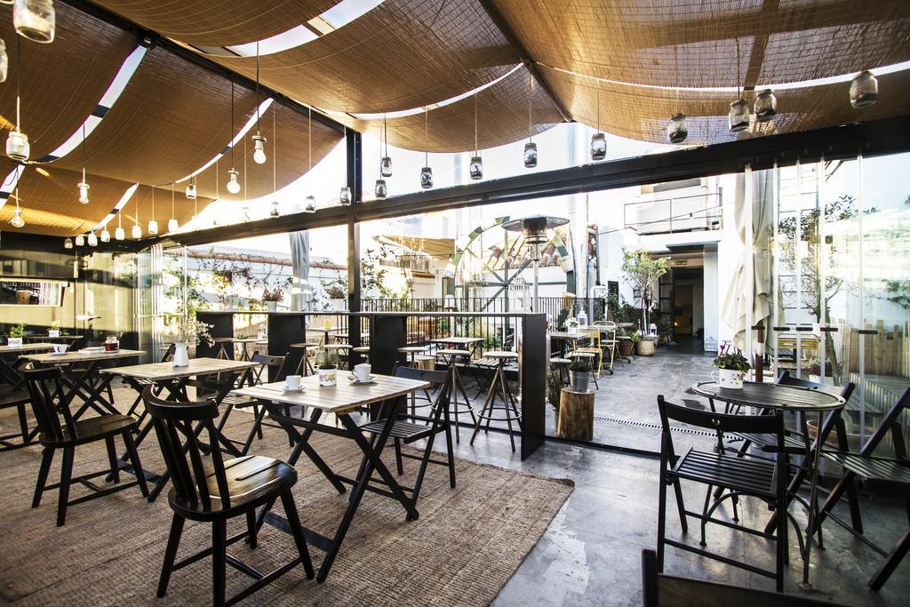 Restaurante del albergue The Hat Madrid