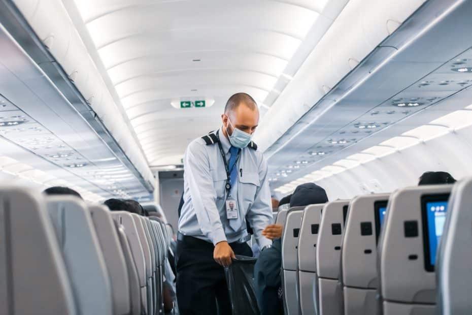 Cómo es volar en avión durante la pandemia