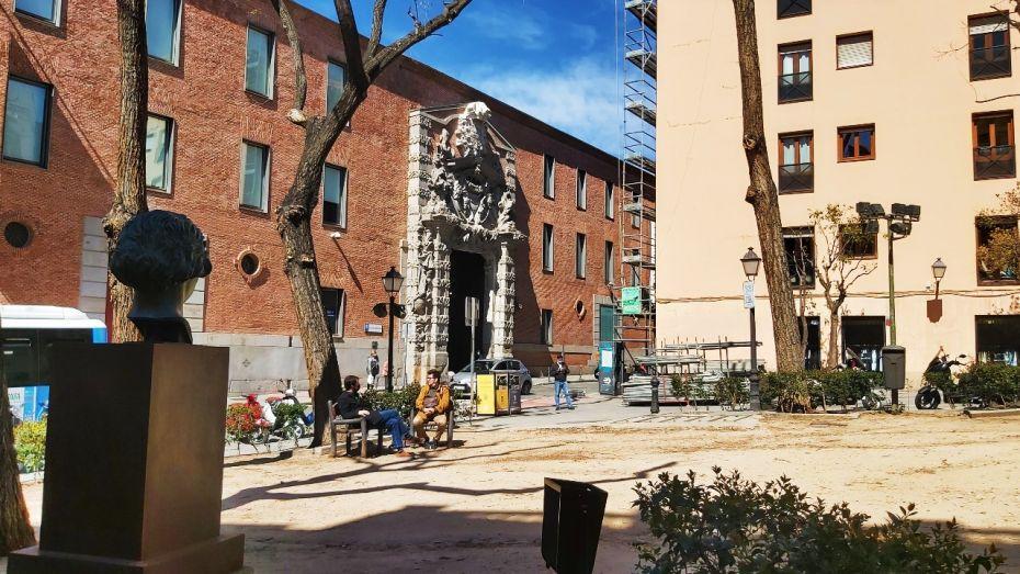 Centro de Cultura Contemporánea CondeDuque en el barrio de Universidad, Madrid